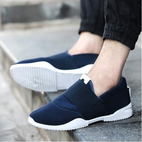 2020 New men's fashion shoes breathable shoes casual shoes